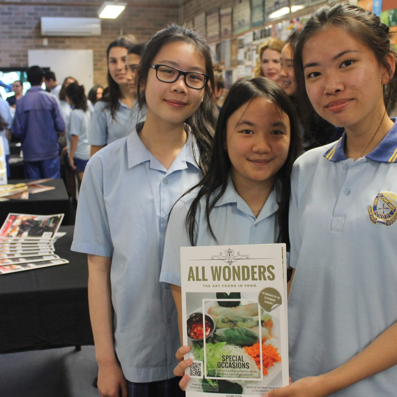 Students present magazine in PBL Foodtastic